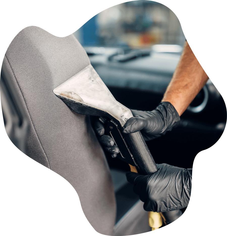 globinsko čiščenje avta
